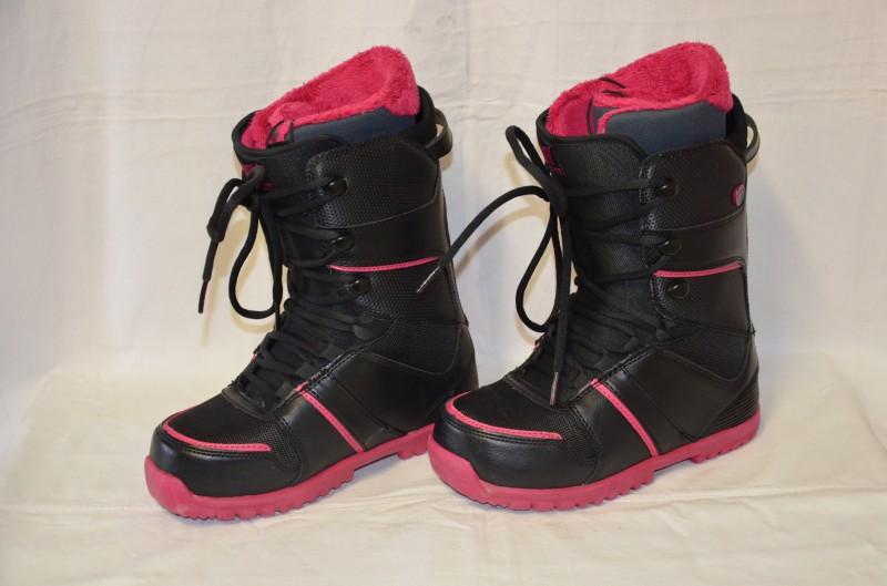 822f11f13 Dámské snowboardové boty Gravity Sage vel. 39 - prodám, inzerce Lyže ...